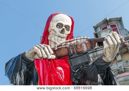 Death Playing The Fiddle