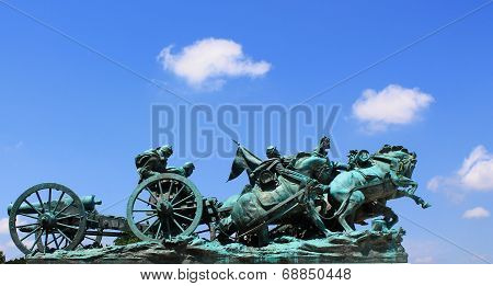 Artillery Group- Statue in DC