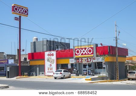 Oxxo Convenience Store