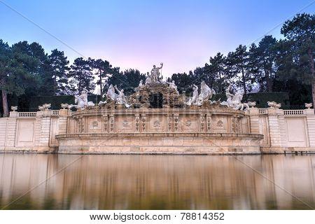 Neptune Fountain Of Schonbrunn Palace - Vienna, Austria