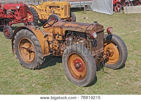 Old Tractor Motomeccanica Balilla