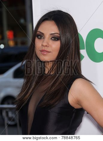 LOS ANGELES - JUN 21:  MILA KUNIS arrives to the