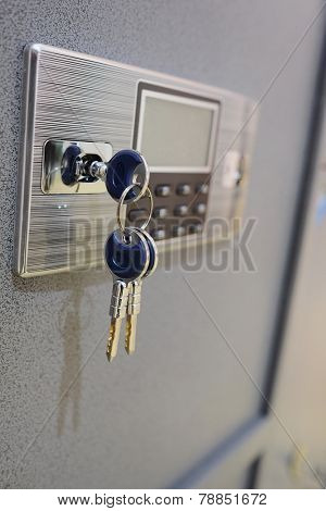 closeup deposit box with key