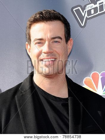 LOS ANGELES - APR 03:  Carson Daly arrives to the 'The Voice Celebrtaes Season 5  on April 03, 2014 in Hollywood, CA