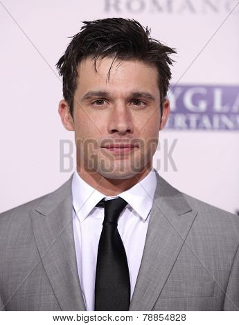 LOS ANGELES - FEB 06:  DILLON CASEY arrives to the 'The Vow' World Premiere  on February 06, 2012 in Hollywood, CA