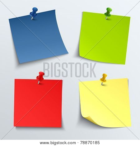 Note Colored Paper With Push Pins