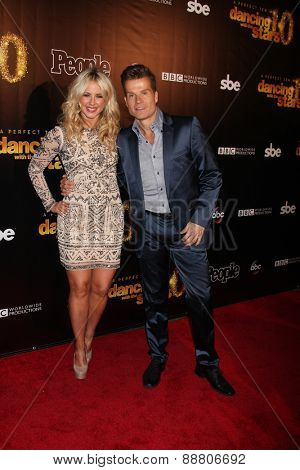 LOS ANGELES - April 21:  Chelsea Hightower, Louis van Amstel at the
