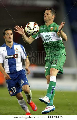 BARCELONA - APRIL, 6: Edu Albacar of Elche CF during a Spanish League match against RCD Espanyol at the Estadi Cornella on April 6, 2015 in Barcelona, Spain