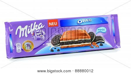 Milka Mondelez Oreo biscuit milk chocolate