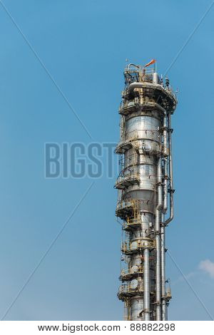 Process Columns of Natural Gas Plant