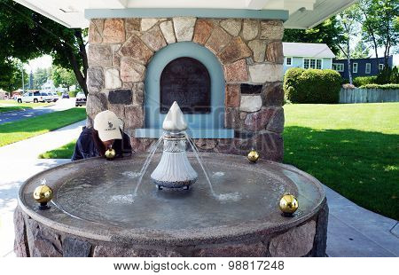 Harbor Springs Memorial Fountain