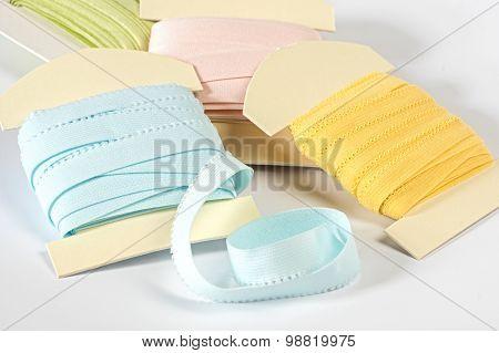 Elastic strapes