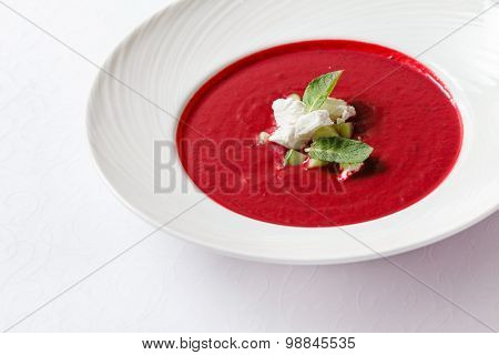 beetroot and tomato soup