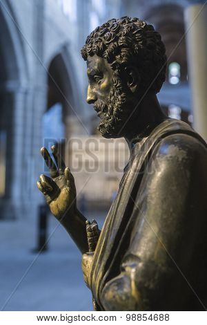Sculpture In Bronze Of Enthroned Saint Peter, Cathedral Of Avila, Spain