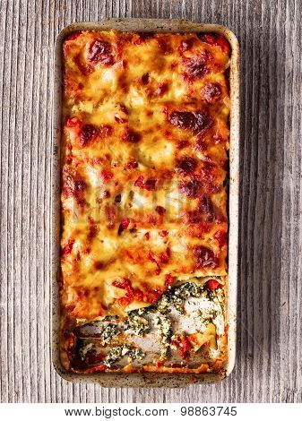 Rustic Italian Baked Spinach Ricotta Cannelloni Pasta