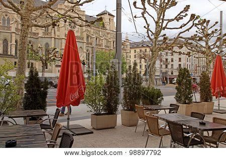 Street And Outdoor Cafe In Geneva, Switzerland.