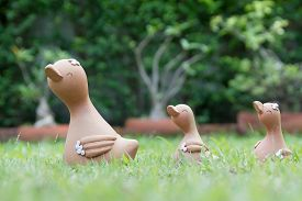 pic of baby doll  - A family of clay doll duck  - JPG