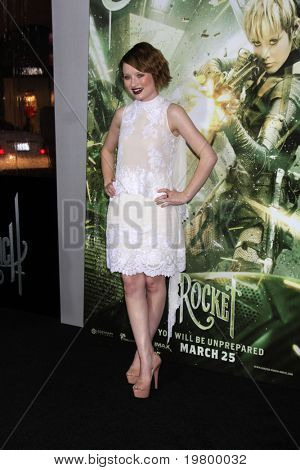 LOS ANGELES - MAR 23:  Emily Browning arrives at the