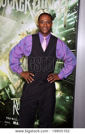 LOS ANGELES - MAR 23:  Tommy Davidson arrives at the
