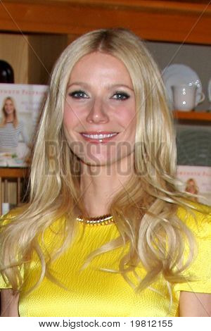 "LOS ANGELES- APR 21: Gwyneth Paltrow at event for her book ""My Father's Daughter: Delicious, Easy Recipes Celebrating Family & Togetherness"" at Williams-Sonoma on April 21, 2011 in Beverly Hills, CA.."