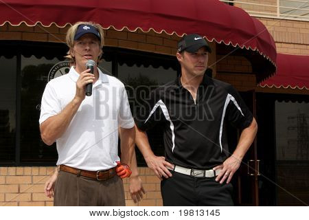 LOS ANGELES - APR 18:  Jack Wagner, Kyle Lowder at the 2011 Jack Wagner Golf Classic to benefit The Leukemia & Lymphoma Society at Valencia Country Club on April 18, 2011 in Valencia , CA..