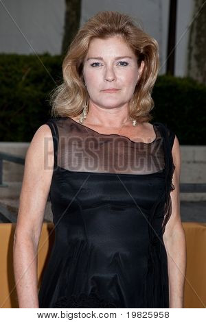 NEW YORK - SEPTEMBER 21:  Actress  Kate Mulgrew attends the Metropolitan Opera season opening with a performance of 'Tosca' on September 21, 2009 in New York City.
