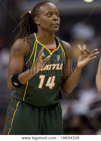 LOS ANGELES, CA. - SEPTEMBER 16: Shannon Johnson talking to her teammates during the WNBA playoff game of the Sparks vs. Storm on September 16, 2009 in Los Angeles.