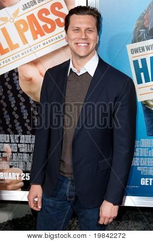 HOLLYWOOD, CA. - FEB 23: Hayes MacArthur arrives at the world premiere of