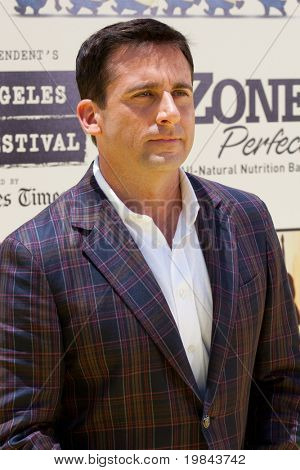 LOS ANGELES - 27 de JUN: Steve Carrell chega ao Despicable Me estreia no Teatro Nokia em Ju