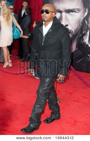 HOLLYWOOD, CA. - MAY 2:  Rapper M.C. Hammer arrives at the Los Angeles premiere of Thor at the El Capitan Theatre on May 2, 2011 in Hollywood, California.