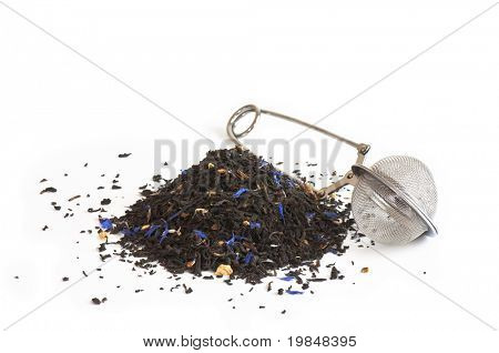 Black tea scented with oil of bergamot, lemon and orange peel, and cornflower