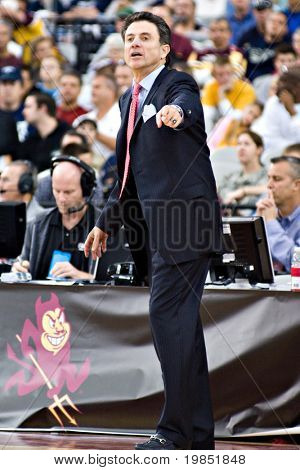 GLENDALE, AZ - DECEMBER 20: Louisville head coach Rick Pitino gestures during the game with Minnesota on December 20, 2008 in Glendale, Arizona.