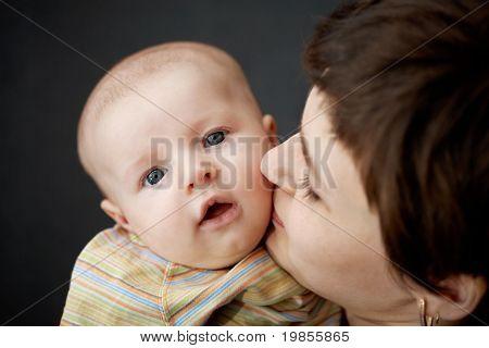 Kleinkind und mum