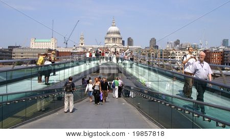 Millennium bridge, london.