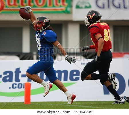 WOLFSBERG, AUSTRIA - AUGUST 16 American Football B-EC: WR Claudio Mangano (#28, Italy) and his team beat Spain 42:7 on August 16, 2009 in Wolfsberg, Austria.