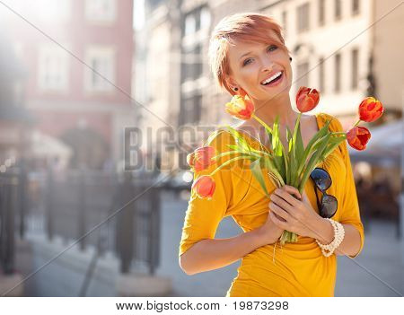 Happy Woman Betrieb Blumen