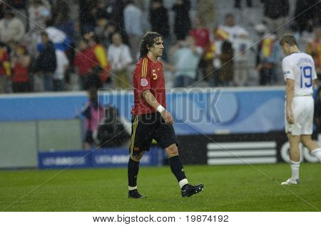INNSBRUCK - JUNE 10: Carles Puyol of Spain Football National Team during the match Spain-Russia 4:1 Euro2008 Group D. June 10, 2008, in Innsbruck, Austria