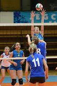 KAPOSVAR, HUNGARY - DECEMBER 19: Rebeka Rak (in the top) in action at the Hungarian NB I. League wom