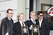 LOS ANGELES - FEB 6: Billy Bob Thornton; Gerry Beckley; Dewey Bunnell; John Stamos at a ceremony whe