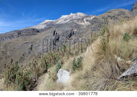 Iztaccihuatl hiking trail
