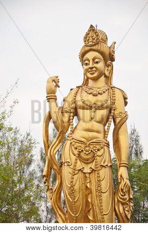 Estátua do bodhisattva