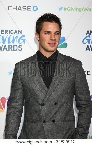 LOS ANGELES - DEC 7:  Matt Lanter arrives to the 2012 American Giving Awards at Pasadena Civic Center on December 7, 2012 in Pasadena, CA