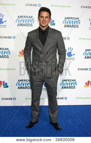 LOS ANGELES - DEC 7:  Matt Lanter arrives to the 2012 American Giving Awards at Pasadena Civic Center on December 7, 2012 in Pasadena, CA
