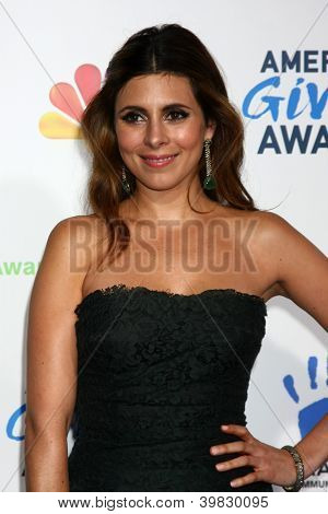 LOS ANGELES - DEC 7:  Jamie-Lynn Sigler arrives to the 2012 American Giving Awards at Pasadena Civic Center on December 7, 2012 in Pasadena, CA