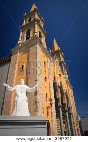 Statue Of Christ In Front Of Mazatlan Church