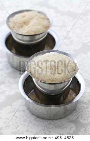 Madras filter coffee in a dabarah and tumbler, south indian style