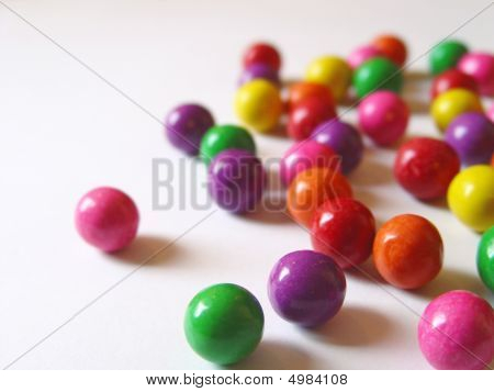 Scattered Chewing Gums