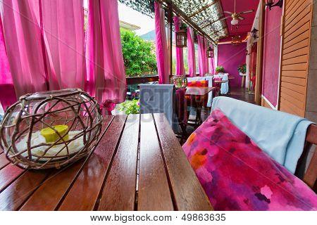 Lounge Restaurant Cafe