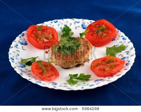 Chop Meat With Tomatoes And Herbs