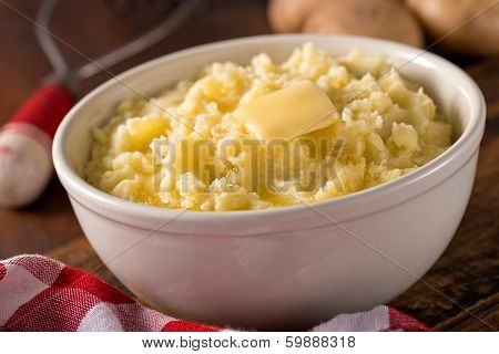 Mashed Potatoes With Melted Butter